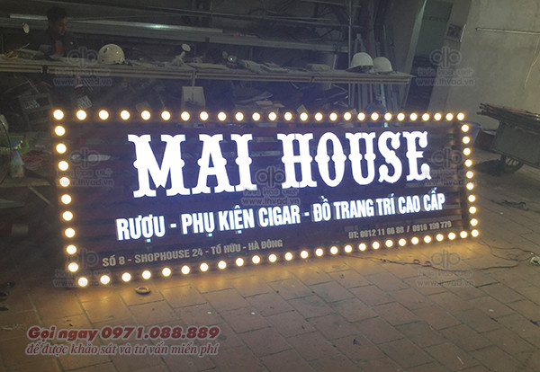 Biển quảng cáo chữ nổi inox - Showroom rượi MaiHouse
