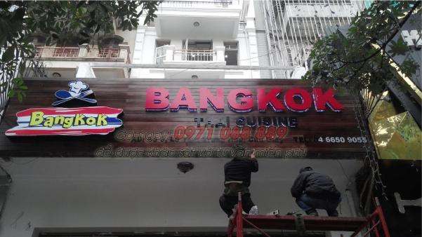 Làm Biển Quảng Cáo Mica cho cửa hàng tại Hà Nội